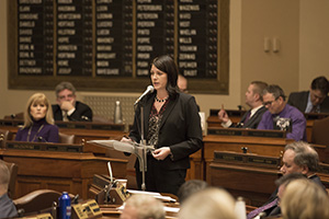 House Majority Leader Joyce Peppin, R-Rogers, urges members to vote against a move by Minority Leader Melissa Hortman, DFL-Brooklyn Park, to suspend House rules and debate a Capitol sexual harassment task force bill. The House voted against the move on March 29 just before heading off on holiday break. (Staff photo: Kevin Featherly)