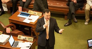 Rep. John Lesch, incoming chair of the Judiciary Finance & Civil Law Division, plans to impose strict time limits in the interest of keeping bills moving. In this photo, Lesch makes a policy point on the House floor on April 3, 2017. (Staff photo: Kevin Featherly)