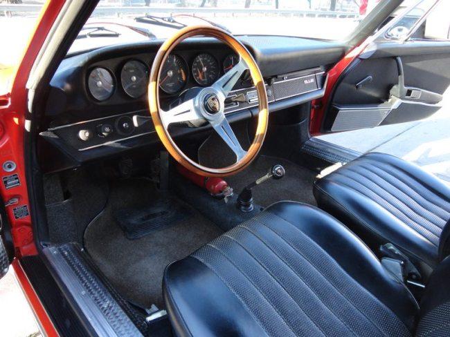 Porsche 912 Targa Interior