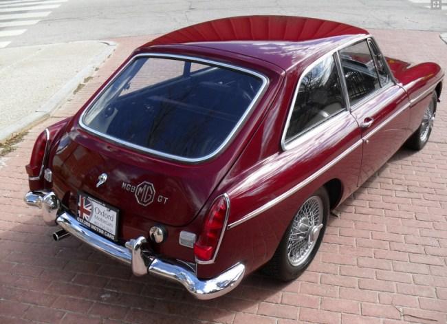 67 MGB GT