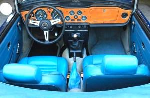 76 Triumph TR 6