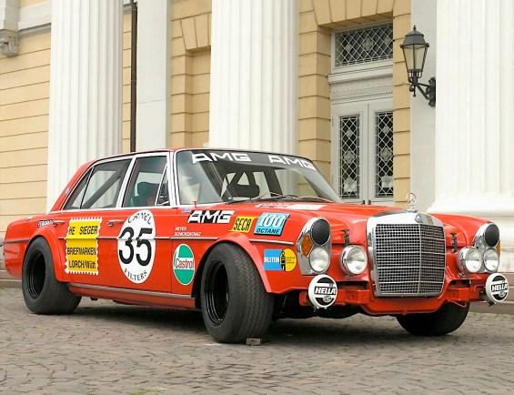 "Mercedes-Benz 300SEL 6.3 AMG ""Red Pig"""