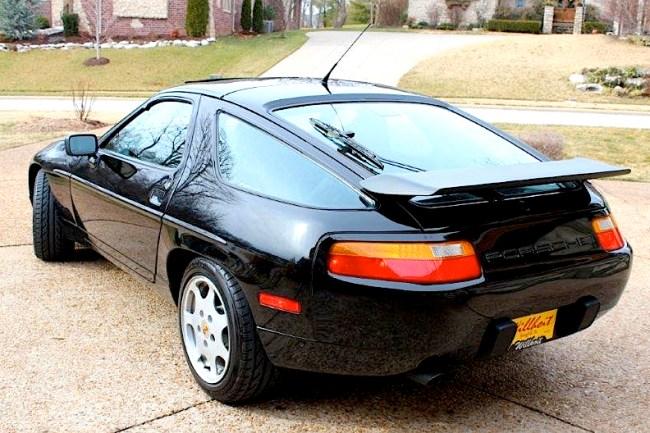 89 Porsche 928 GT