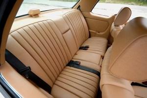 85 Mercedes Benz 300TD