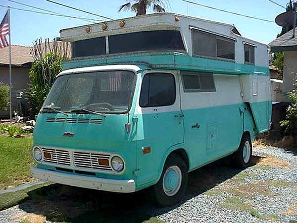 1968 Chevrolet Van-A-Home fr