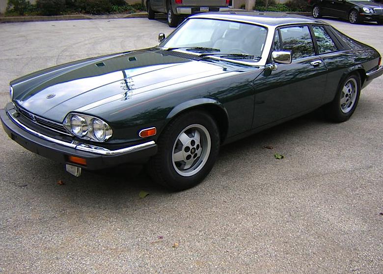 Elegant 1988 Jaguar XJS V12