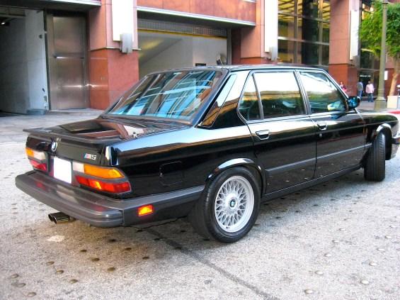 1988 BMW M5 E28 re
