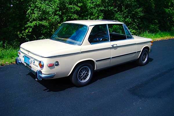 71 BMW 2002 re