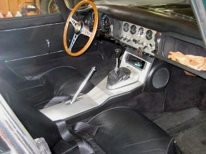62 Jaguar XKE int