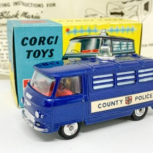 "Corgi 464 Commer ""County Police"" Van – blue body, red interior, silver trim, spun hubs, clear battery-operated roof light – Very near mint, most would say mint in a near mint and yellow carded picture box with correct collectors club/instruction sheet. A lovely bright example that displays very nicely."