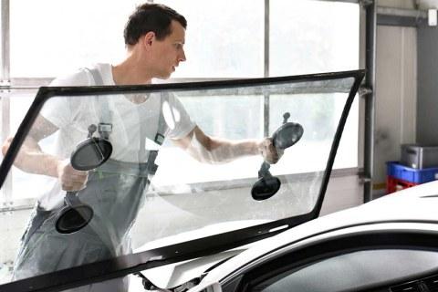 Auto-Glass-Repair