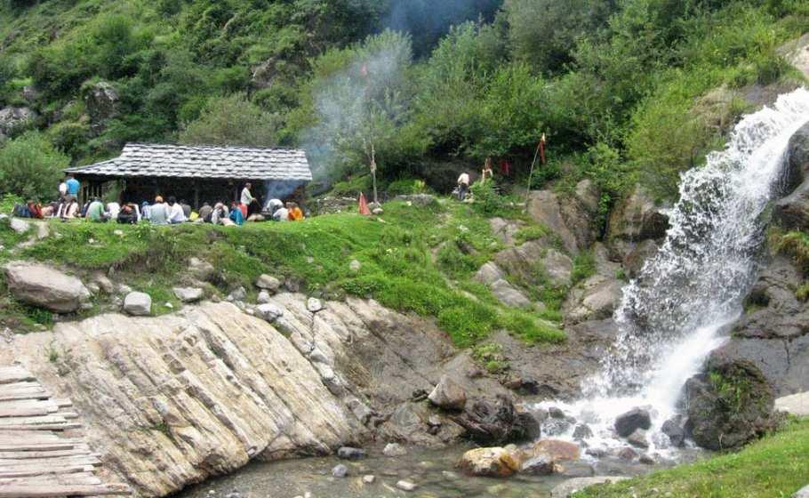 Rudra Nag Falls, Himachal Pradesh - MintFares
