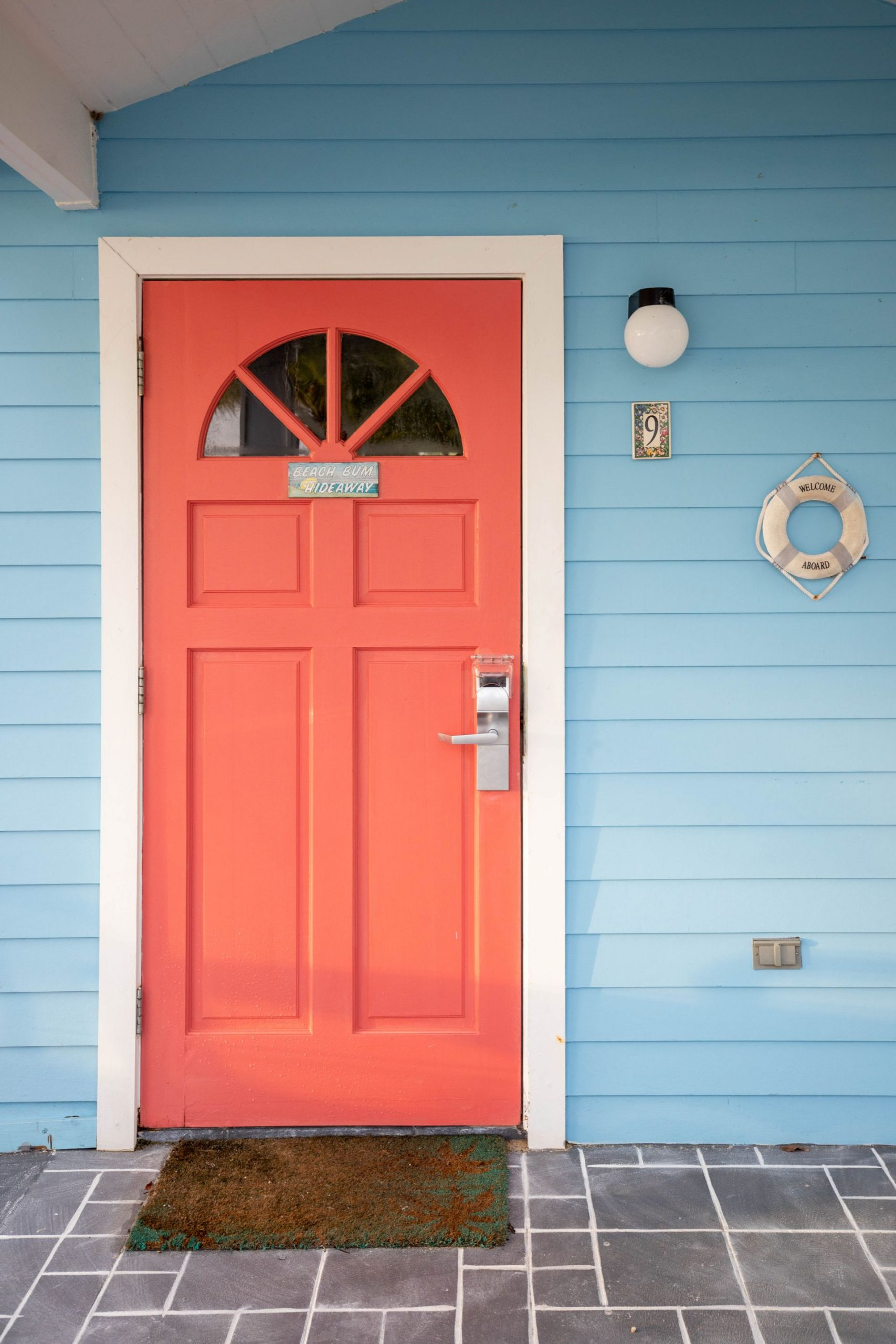 danandnatty-hideawaysresort-resort-door-georgetown-exumas-thebahamas