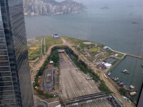 Hong Kong streets empty during Typhoon Utor