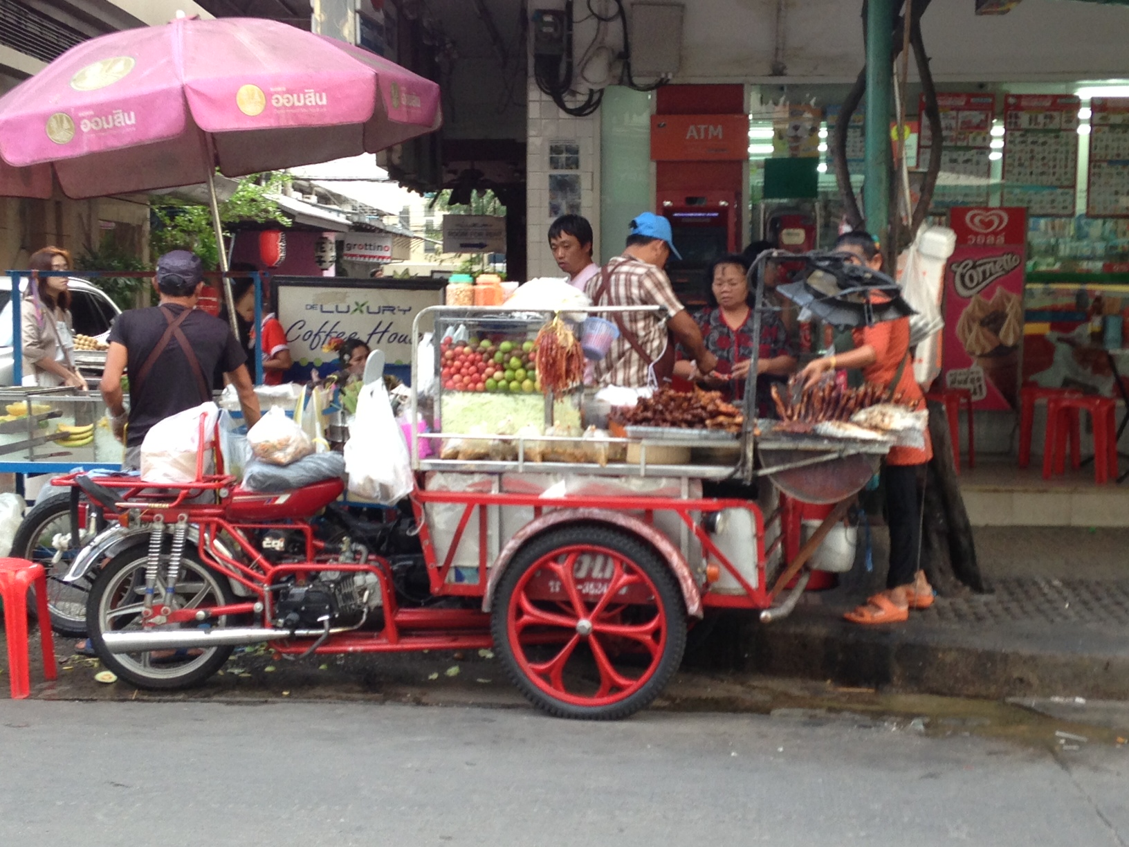 Bangkok Food Cart | Mint Mocha Musings
