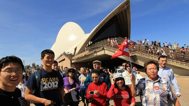 Chinese tourists in Australia