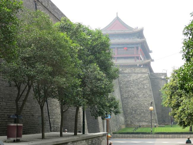 Xian's Ancient Wall | Mint Mocha Musings