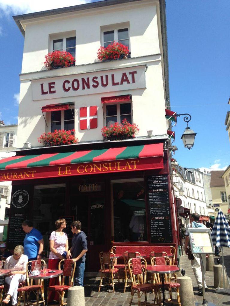Paris Cafe MontMartre | Mint Mocha Musings