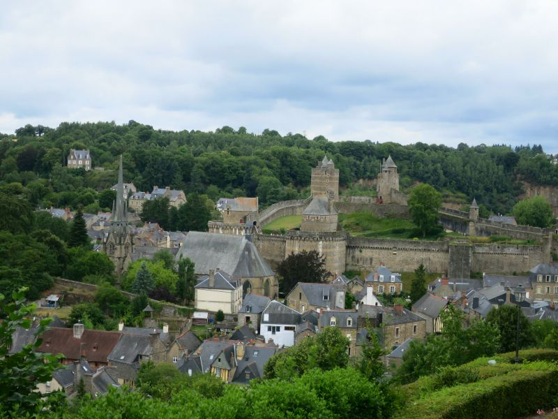 Castles in France | Mint Mocha Musings