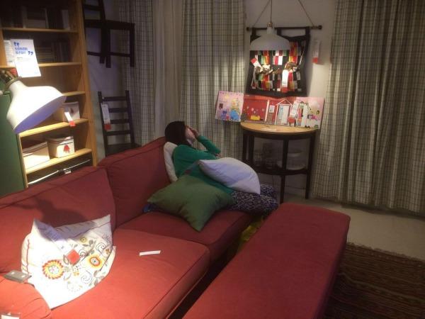 Ikea Sleeping with pillows