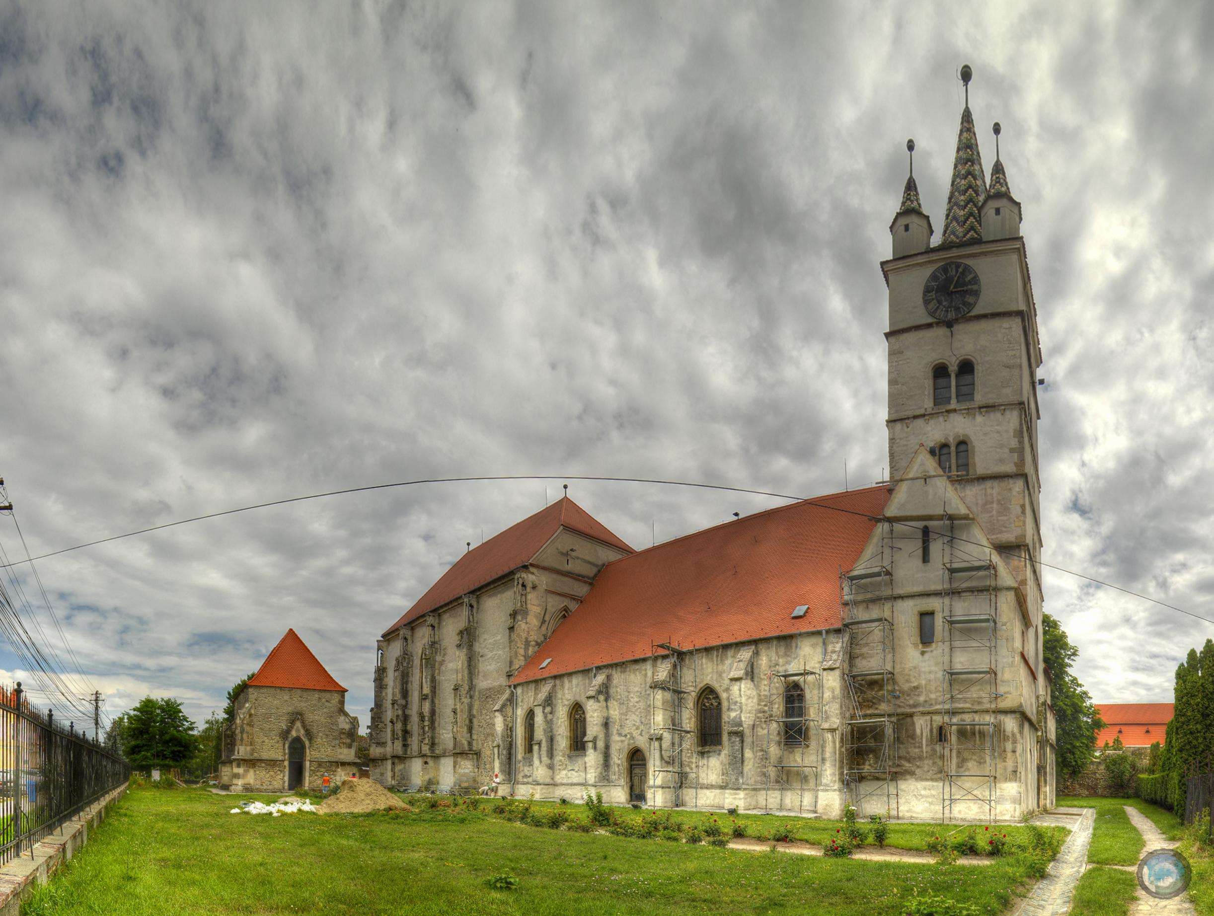 De ce sa vizitezi orase mici din Romania? Cazare in Sebes la PensiuneaRyn.ro.