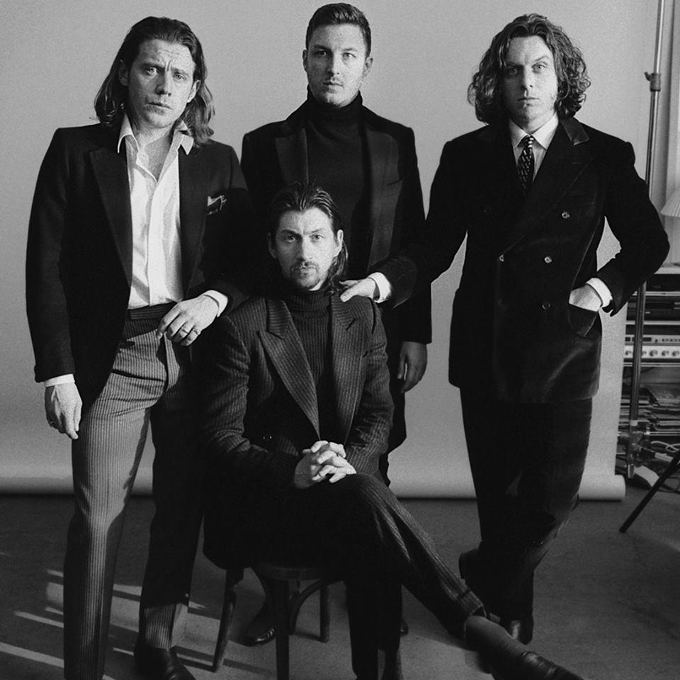 Arctic Monkeys liberam data, capa, tracklist e nome do seu sexto álbum