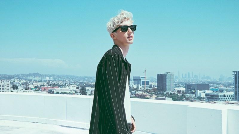 """Troye Sivan lança seu segundo álbum, """"Bloom"""""""