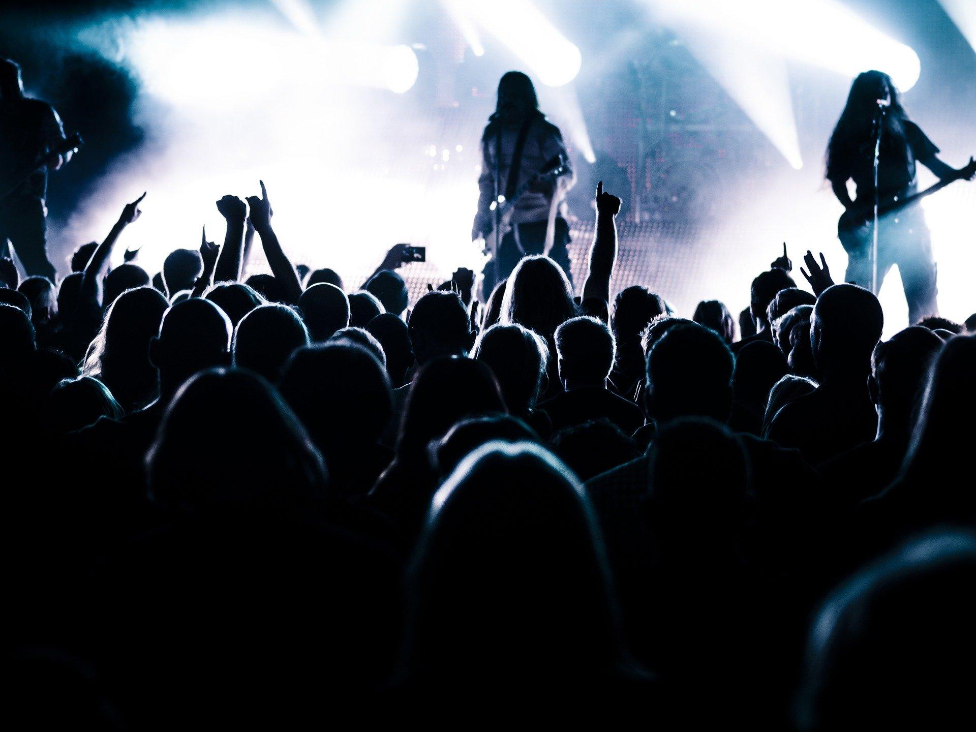 LISTA: 35 músicas para você escutar no Dia Mundial do Rock