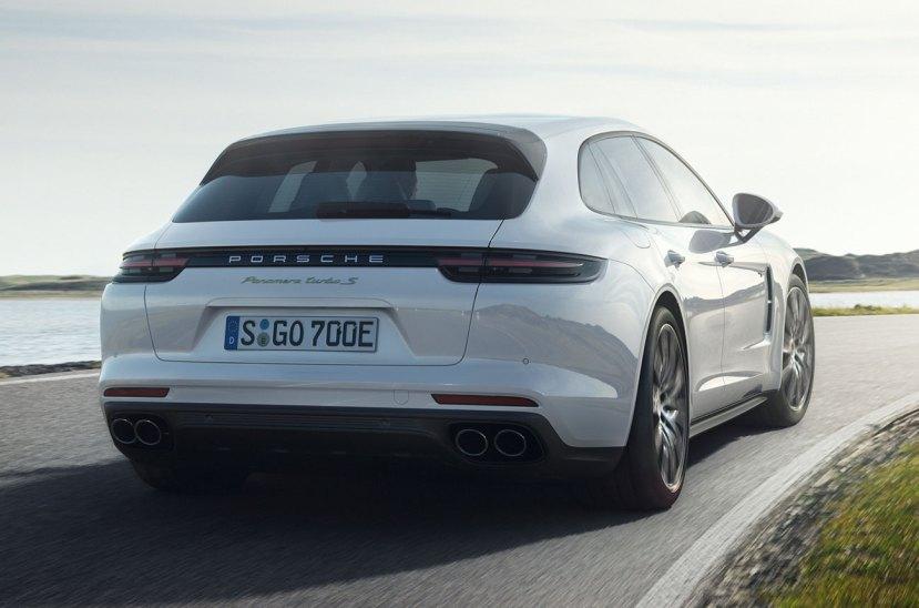 Porsche-Panamera-Turbo-S-E-Hybrid-Sport-Turismo-270917-01