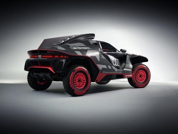 RS Q e-tron Rally Dakar