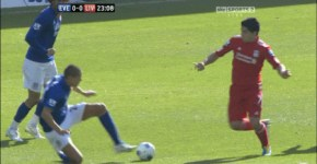 jack_rodwell_was_sent_off_in_the_merseyside_derby_for_this