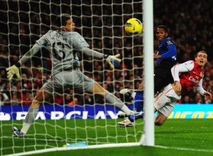 Antonio-Valencia-goal-Arsenal-vs-Manchester-United