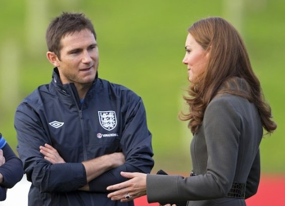 Lampard staring at Kate