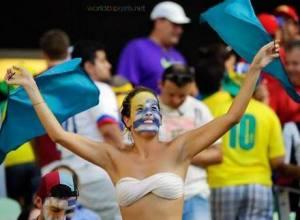 Uruguay-World-Cup-Fan-Girls-3
