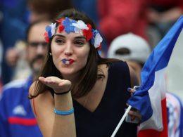french-fan