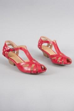 Kitten Heel Sandals in Rouge
