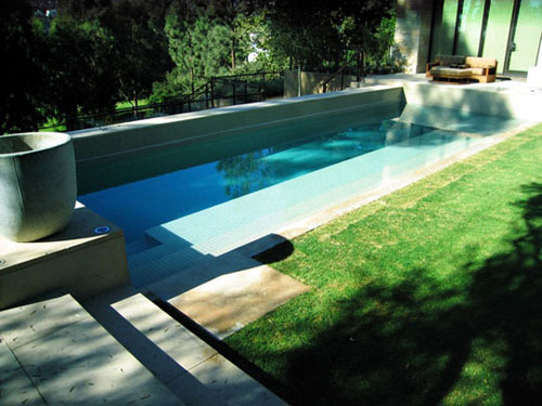 A Custom Pool Design Will Give Your Santa Monica Backyard Unique Character and Personality