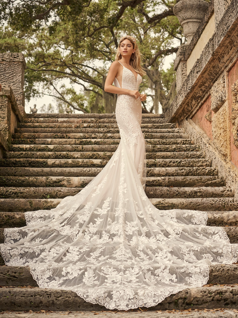 Large – Maggie-Sottero-Fontaine-21MZ767A01-Main-IV