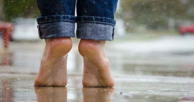 Ways to Keep Your Aging Feet Healthy