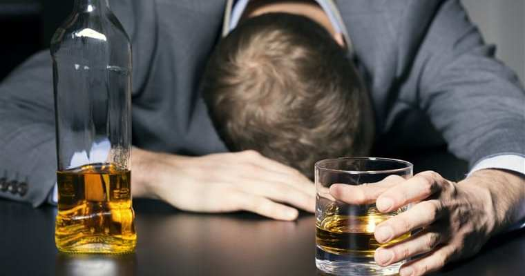 Keeping Healthy: 7 Important Benefits of Quitting Drinking