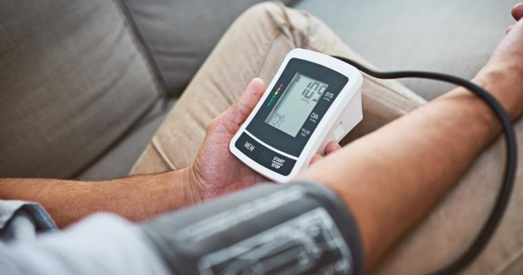 5 Ways To Combat High Blood Pressure Naturally