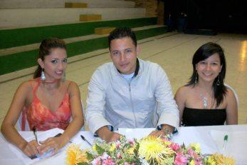 Jurados : Maria Elena Possos, Freddy Rueda y Catalina Plazas