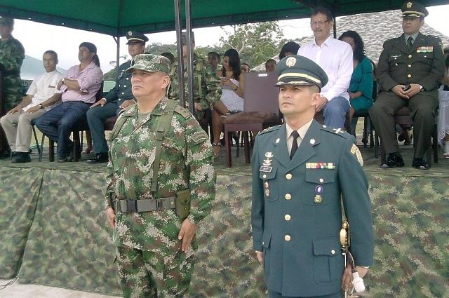 Brigadier General Jose Guillermo Delvasto - Comandante Brigada de Selva 27. TC Carlos Augusto Ortiz - Comandante BASPC 27