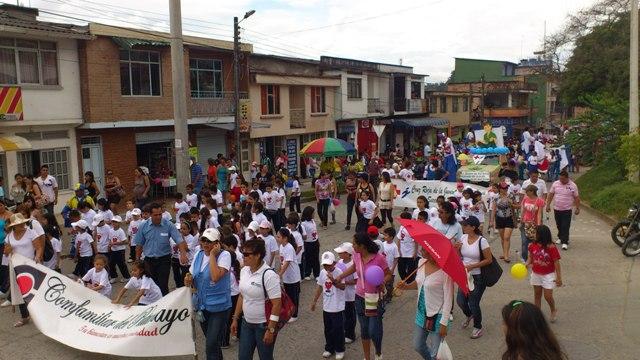 Desfile por el día de la Niñez en Mocoa