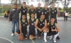 Equipo de Baloncesto Masculino, subcampeón de los Juegos Zonales Nacionales.