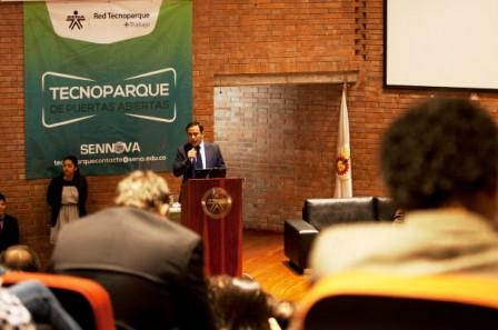 La presentación de los laboratorios y demás nuevos servicios fue hecha hoy por el director general (e) de la entidad más querida por los colombianos.