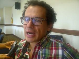 Mauricio Builes, jefe de información del Centro de Memoria Historica