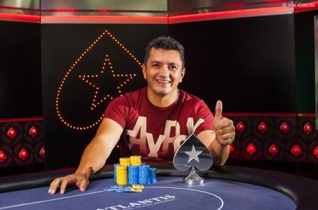 Jimmy Castaño - Foto : http://cardplayerla.com/