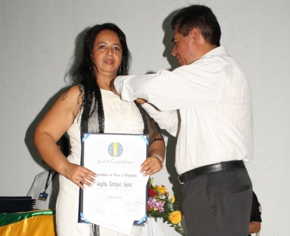 En Orito, Grado de Especialistas en Etica y Pedagogía