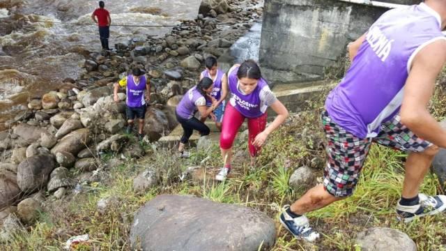 sábado 7 de noviembre. travesía ecológica. subida al cerro la antena. caminata por el río san pedro, ciclismo san pedro-sibundoy y atletismo hasta la normal en sibundoy. exigente prueba por equipos.
